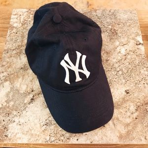 Accessories - Brand new NY Yankees ball cap